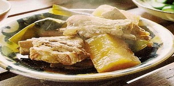 Okinawa-Style Braised Pork ソーキブニの煮付け