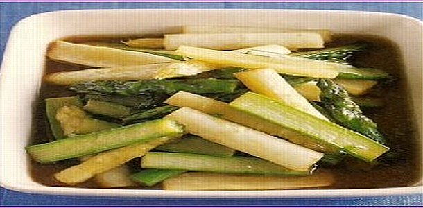 Asparagus with MENTSUYU Dressing アスパラガスの揚げびたし