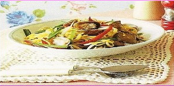 Fried Noodles with Short-Necked Clams