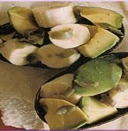 Banana and Avocado Salad バナナとアボカドのサラダ