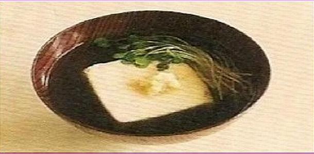 Clear Soup with Tofu 豆腐のすまし汁