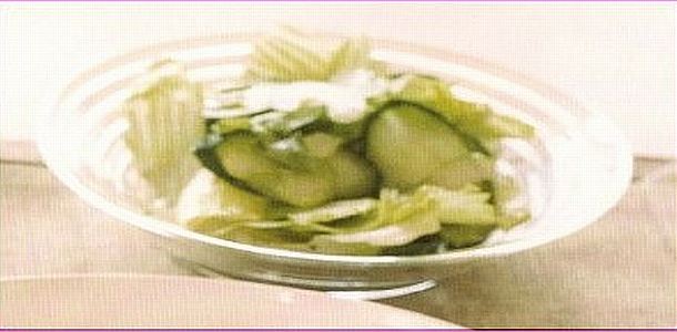 Lettuce and Cucumber Salad レタスときゅうりのサラダ