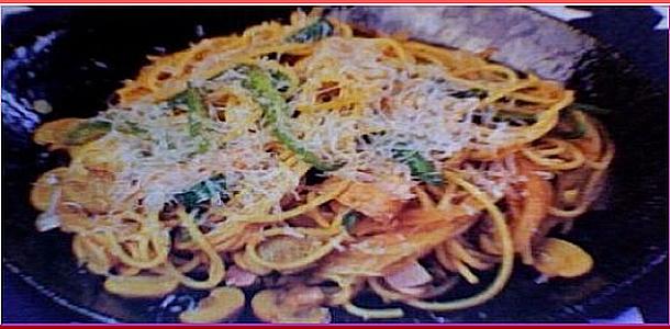Spaghetti Neapolitan Japanese Style 日本風スパゲッティナポリタン